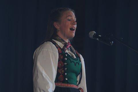 YNGSTE KLASSE: Selv om Malin Røysland Skårberg har vært på Landskappleiken i mange år, deltatt hun i år også i yngste klasse i vokal. Hun er en av favorittene til å vinne klassa.