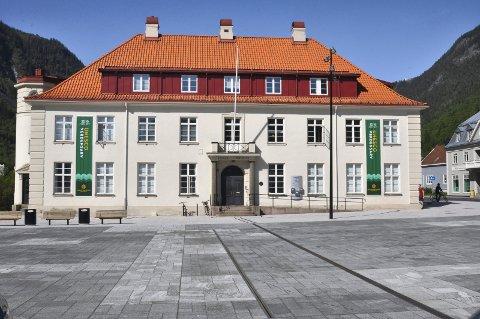 Fire har søkt på stillingen som kommunedirektør i Tinn kommune.