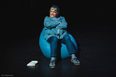 Teater Ibsen med Anne Marit Jacobsen kommer til Rjukan neste torsdag. Forestillingen er utsolgt.