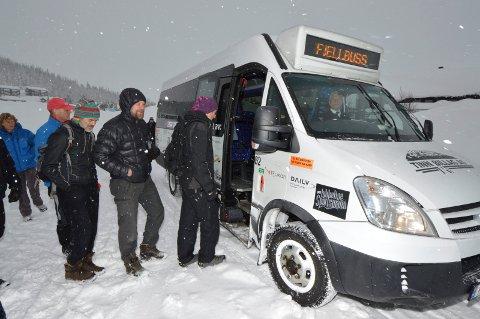STOPP: - Det er trist å måtte meddele at Fjellbussen ikke kommer til å gå i vintersesongen 2020/2021, opplyser Hege S. Næss i visitRjukan AS.