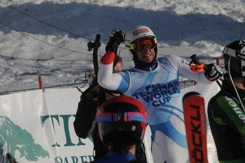 Lykkelig vinner: Bastien Dayer fra Sveits jubler etter seieren