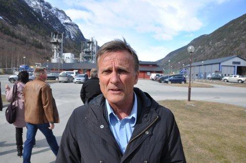 NAV:   Terje Tønnessen, direktør ved NAV Vestfold og Telemark registrerer at ledigheten synker i regionen, men er bekymret for ledigheten blant de unge.  Her fra et tidligere besøk i Tinn.