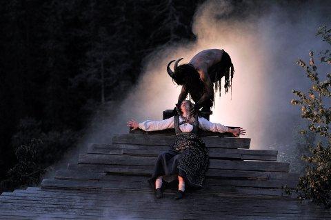 AVLYST: Årets største kulturelle begivenhet ved Rjukanfossen, Marispelet er avlyst.