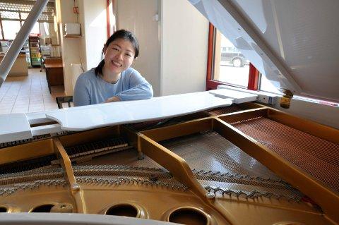 Kultursenter: Jie Zhang, som selv er en dyktig pianist, har valgt å bygge opp et kultursenter på det tidligere Knutepunktet.