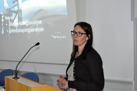 PROSJEKTLEDER. Karin Rø har utarbeidet et prosjekt som konkluderer med at Rjukan trenger et tidsriktig byhotell.