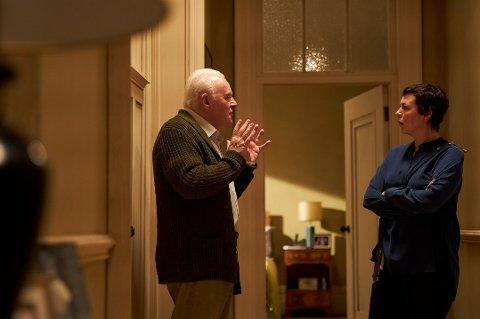 """THE FATHER: Anthony Hopkins i sin kanskje beste rolle. Det bør si deg noe."""" Sitatet er fra Kulturstripa, NRK P2. Hopkins fikk da også sin andre Oscar for beste hovedrolle i denne filmen som er et ubestridt mesterverk, som fikk 2 statuetter av 6 Oscar-nominasjoner."""