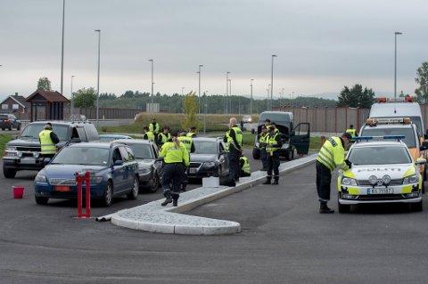 STORKONTROLL: Hele 329 trafikanter ble stoppet og kontrollert på Åkrenesletta onsdag kveld.