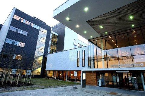 TRØBBEL: Ustabilitet i netteverket til Ahus fører til at enkelte pasienter blir videresendt til Oslo universitetssykehus.