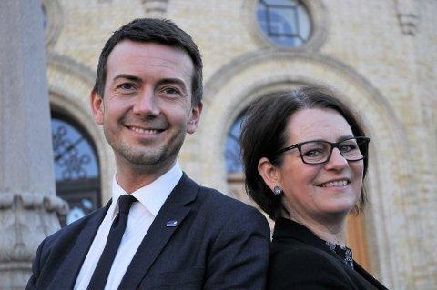 Kent Gudmundsen og Tone Wilhelmsen Trøen er forberedt på at det blir stor debatt om eggdonasjon på Høyres landsmøte. (Foto: Kjell Werner, ANB)