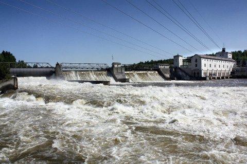 GODE TIDER: Akershus Energis Kraftproduksjonen på Rånåsfoss og andre steder har kastet godt av seg så langt i år.