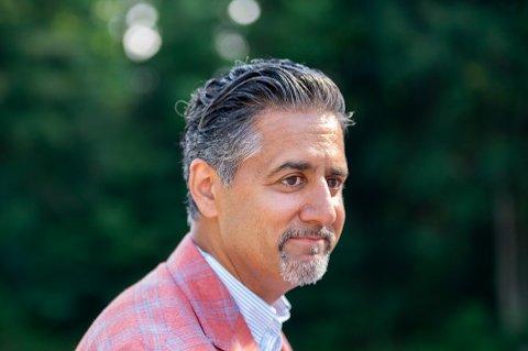 Kultur- og likestillingsminister og Venstre-nestleder Abid Q. Raja er innstilt som førstekandidat i Viken Venstre.