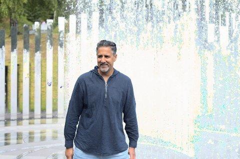 Kulturminister Abid Raja besøkte nylig Kistefossmuseet. Foto: Annika Byrde / NTB scanpix