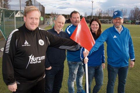 Sammen om Hurra-cup, f.v. Vegar Bystrøm, dag Viggo Bendiksen, Espen Foss, Cecilie Loe-Eriksen og Bjarte Grostøl.