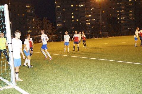 Avga poeng: Det ble uavgjort mellom Sanbde og DRIM mandag kveld. Foto: Trond-Egil Groth