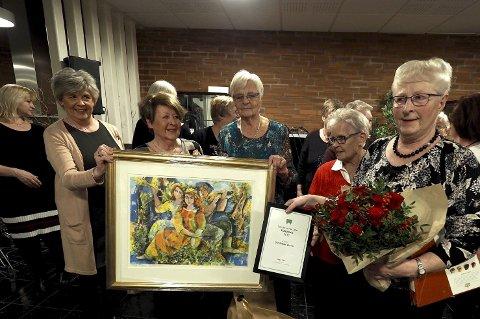Heder: Det ble en uforglemmelig julefest da Sandetuns venner fikk tildelt Sande kommunes kulturpris.