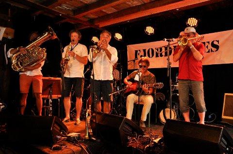 Fjordblues 2015. Røshnes Jazz Band.