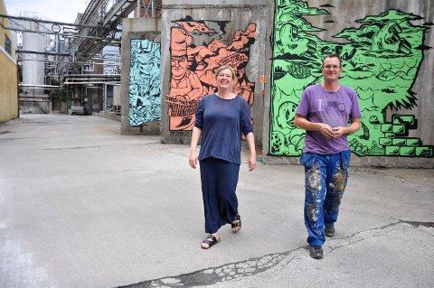 HER VIL DE SATSE: Elin Haugberg Haukøya og Jarle Hem og resten av styret har jobbet med planene for Jahres Kulturfabrikk et års tid.