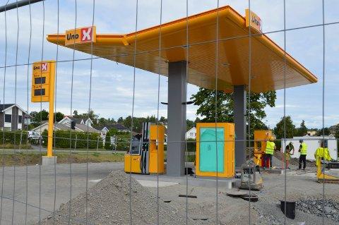 16. juli åpner Uno X Automat på Thorøya. Byggearbeidene er i full gang.