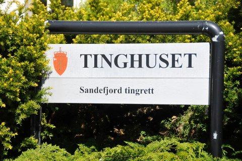 FIKK SJANSE: Aktor la ned påstand om 120 dagers ubetinget fengsel, men Sandefjord tingrett dømte kvinnen til 90 timers samfunnsstraff.