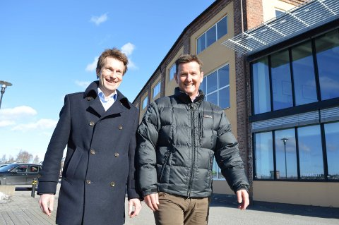 SPENTE: Atle Bjurstedt (t.v.) og Simon Hansen Elvestad venter på at NOKUT skal gi dem tillatelse til å starte ny fagskole i Sandefjord.