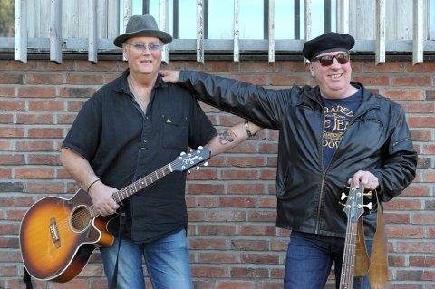 Veteraner til Tre Lykter: To av besetningen i Blue Jeans Band , Reidar Helgeland (63) til venstre og Svenn-Inge Nilsen (59).