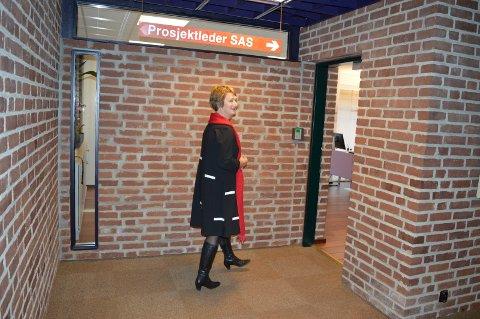 DAVÆRENDE PROSJEKTLEDER: Den kvinnelige mellomlederen føler seg parkert på sidelinja av Gudrun Grindaker.