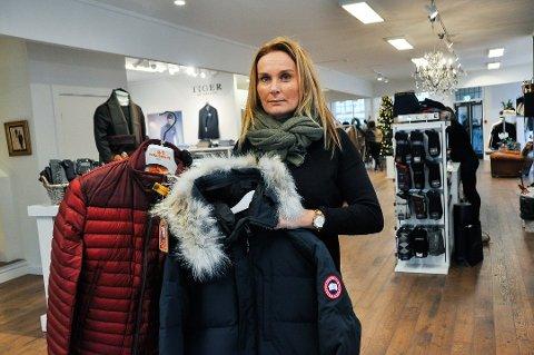 Daglig leder Lotta Larsen opplevde to tyverier hos Pers Garage i løpet av desember.