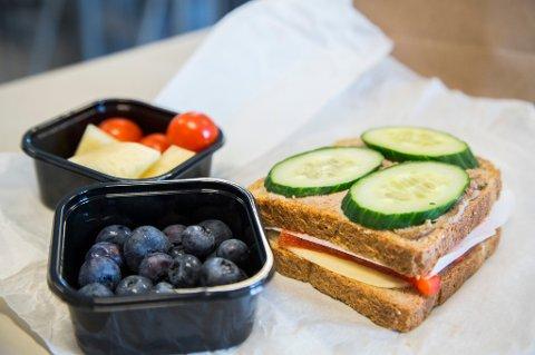 Mange elever har ikke med seg matpakke på skolen, ifølge en ny undersøkelse.