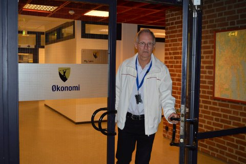 UT DØRA: I løpet av høsten går Thor Fjellanger av som økonomisjef i Sandefjord kommune. Nå vil han ikke mer.