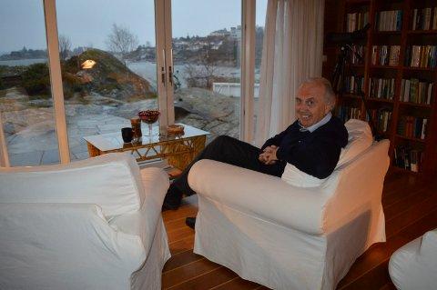 I SANDEFJORD: Med den nye jobben blir det ikke mer tid tid til å skue ut over Sandefjordsfjorden likevel for Svein Flåtten.