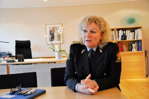 KREVENDE: Politimesteren i Sør-Øst politidistrikt, Christine Fossen, sier politiet står overfor en annen hverdag enn de gjorde for få år siden.