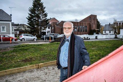 OPPGRADERING: Sandefjord kommune bør opprette et fond for byrom og lekeplasser, med bidrag blant annet fra utbyggere, mener Ivar Ramberg. Ett av stedene er lekeplassen i Flors gate, ved den planlagte utbyggingen til Salemkirken og Convest Eiendom.