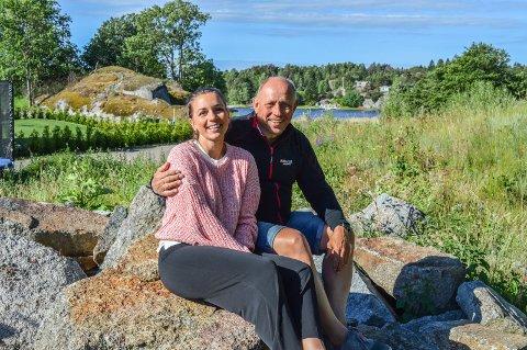 PÅ LANDET: Takket være pappa Carl Christian kan Helene Fon (27) forlate Kilen Brygge og bygge hus med samboeren på Østerøya. Hun gleder seg til å komme nærmere foreldrene.