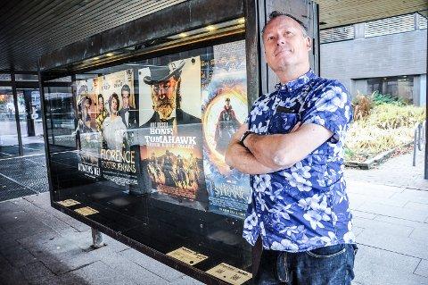 KLAR FOR PREMIERE: Førstkommende fredag blir det Abba-stemning i Hjerntes. Kinokonsulent Bjørn Helge Jahnsen er klar.