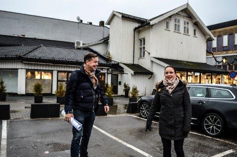 DOKKENKVARTALET: Selger Lill Iren Barth i DNB Nybygg Vestfold Telemark 20 leiligheter innen påske, blir det gravestart i Storgata 3-5 over påske.
