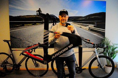 TOPPSYKLER: Marius Nordby jobber med sykkelmerket Argon 18 og har fram til nå holdt til på Framnes Brygge.