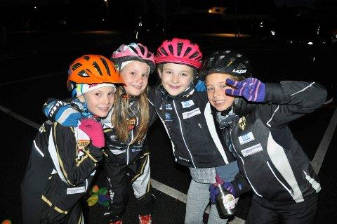 Jentene har overtatt skisporten. Runar Ski. Fra venstre: Elise Frellumstad, Celine Frellumstad, Eva Achtentuch og Lisa Kålås Johnsrud