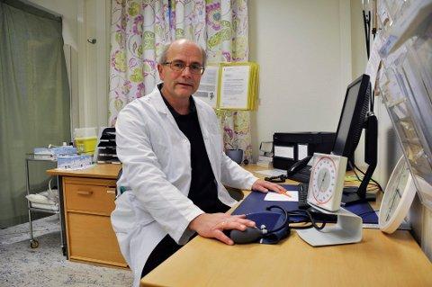 VEKST: Ole Henrik Augestad liker ikke at smittetallene i Sandefjord nok en gang øker ganske kraftig. Nå ber han om at alle kommunens innbyggere tar de nasjonale smitteverntiltakene på alvor.