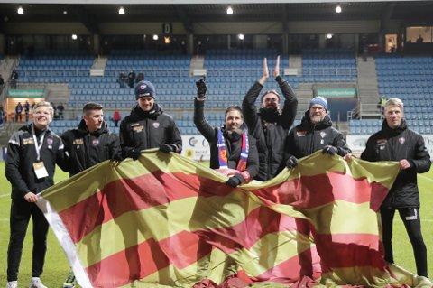 TAKKET AV: Etter årets siste hjemmekamp mot Rosenborg, takket Martì Cifuentes og de andre i trenerteamet for støtten gjennom en sesong som inneholdt mange oppturer og noen nedturer.
