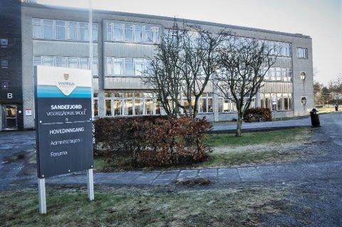 FÅR KORONARÅD: Fylkeskommunen utsetter utenlandsreiser for større grupper av ansatte og elever fra 28. februar og inntil videre.