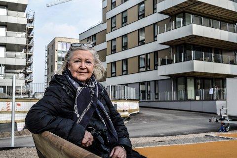 FORNØYD: Britt Jeppsson overtok nøklene i slutten av februar, og har allerede funnet seg god til rette i Nye Kilen Brygge