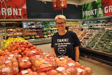 FORNØYD:  Tonni Merete Næss er meget fornøyd med at Coop Obs på Fokserød leverte rekordtall i 2020.