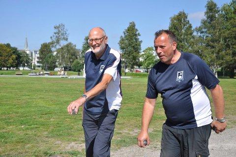 NM i BYEN: Øyvind Bjørkås (f.v.) og Pål Johansen hadde tatt turen fra Stord til Sandefjord for å være med i NM.