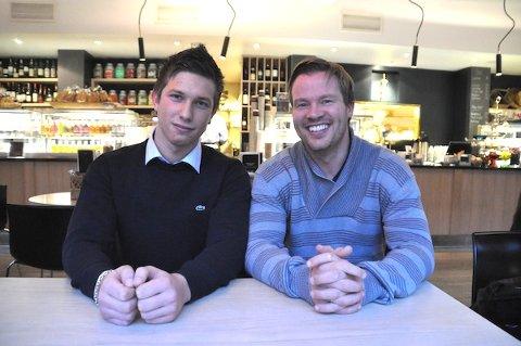 IVRIG DUO: Det klør i fingrene til Stian Galusza (18) og Kjetil Gjerdevik med å komme i gang med å formidle ung arbeidskraft.