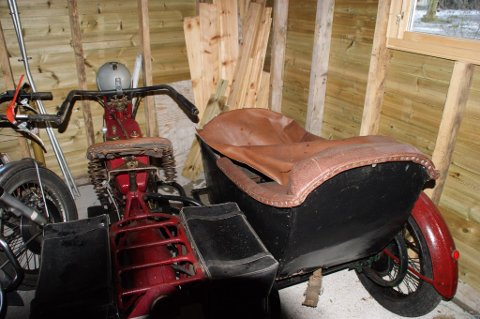 En Harley Davidson fra 1917 med sidevogn ble stjålet fra familien Stangeland i 89. Nylig dukket den opp igjen i et dødsbo.