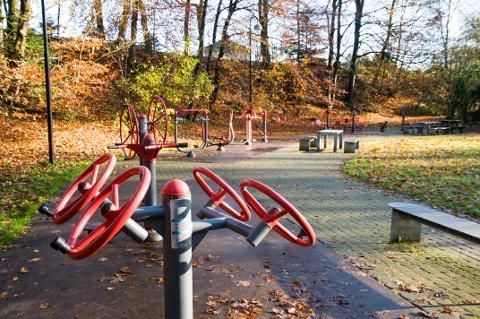 Trimparken var en gave til Sandnes kommune da byen fylte 150 år. Nå skal nye apparater på plass.