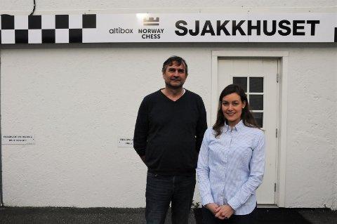 TILBAKE I SANDNES: Kjell Madland og Benedicte Westre Skog gleder seg over å være tilbake i Sandnes sentrum, selv om turneringen spilles i Stavanger.