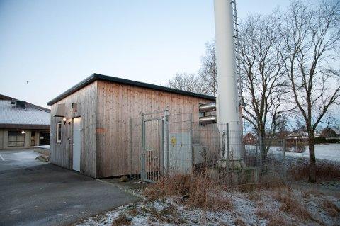 Dette anlegget varmer opp flere bygninger på Riska.