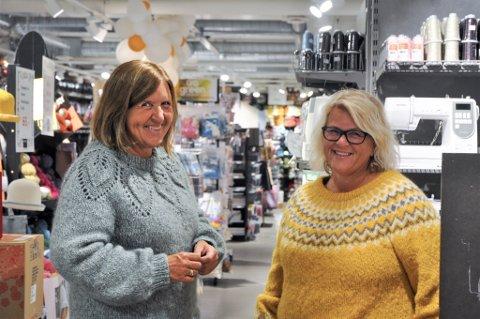 Søstrene Gro Tjøstheim og Inger-Karin Todnem har gjort det beste året noen sinne i butikken sin i 2020.