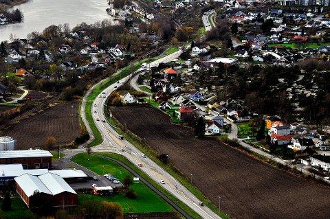 Utbyggingen av ny 109-vei står i fare etter grunnundersøkelser i området Tindlund og Alvim.